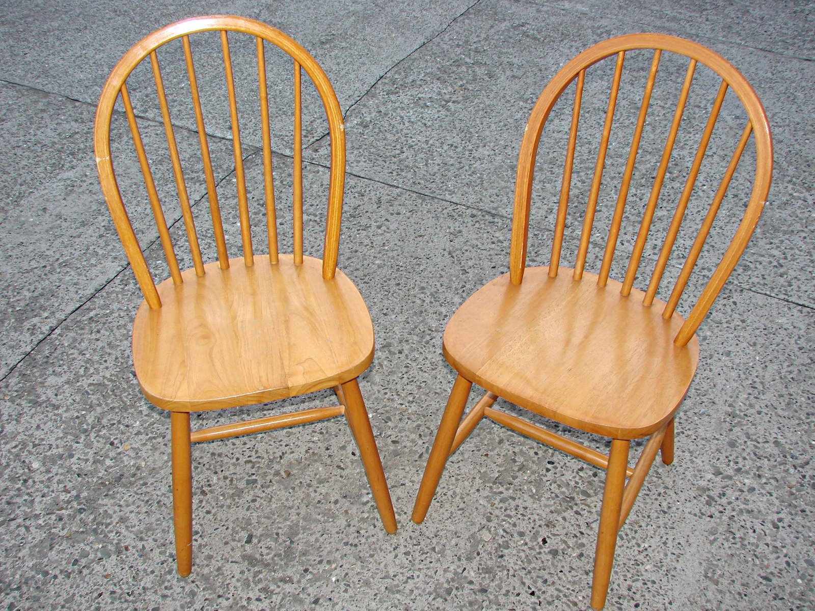 Vintage wooden chairs 1980s set of 2 for sale at pamono for 1980s chair