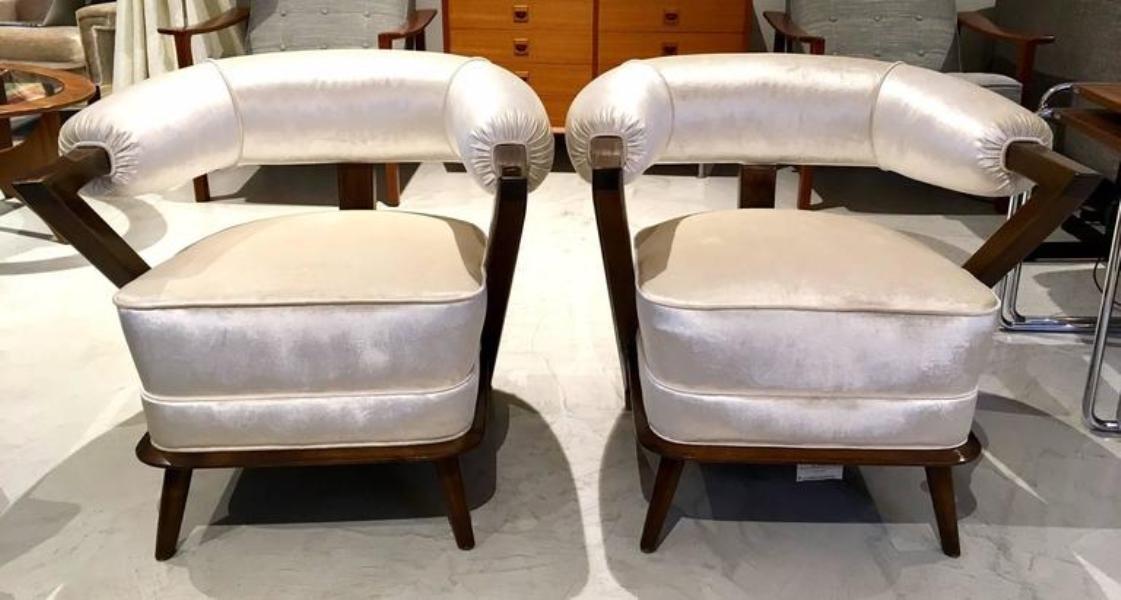 wei e italienische sessel 1960er 2er set bei pamono kaufen. Black Bedroom Furniture Sets. Home Design Ideas