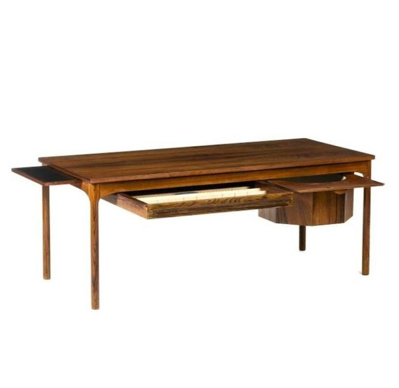 Mid-Century Modern Danish Coffee Table with Haberdashery Drawers - Mid-Century Modern Danish Coffee Table With Haberdashery Drawers