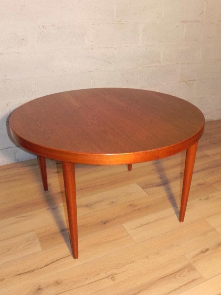 skandinavischer runder vintage tisch aus teak von kai kristiansen bei pamono kaufen. Black Bedroom Furniture Sets. Home Design Ideas