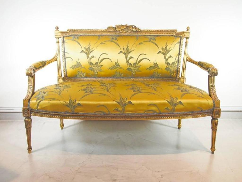Antique louis xvi chair - 19th Century Louis Xvi Giltwood And Silk Sofa