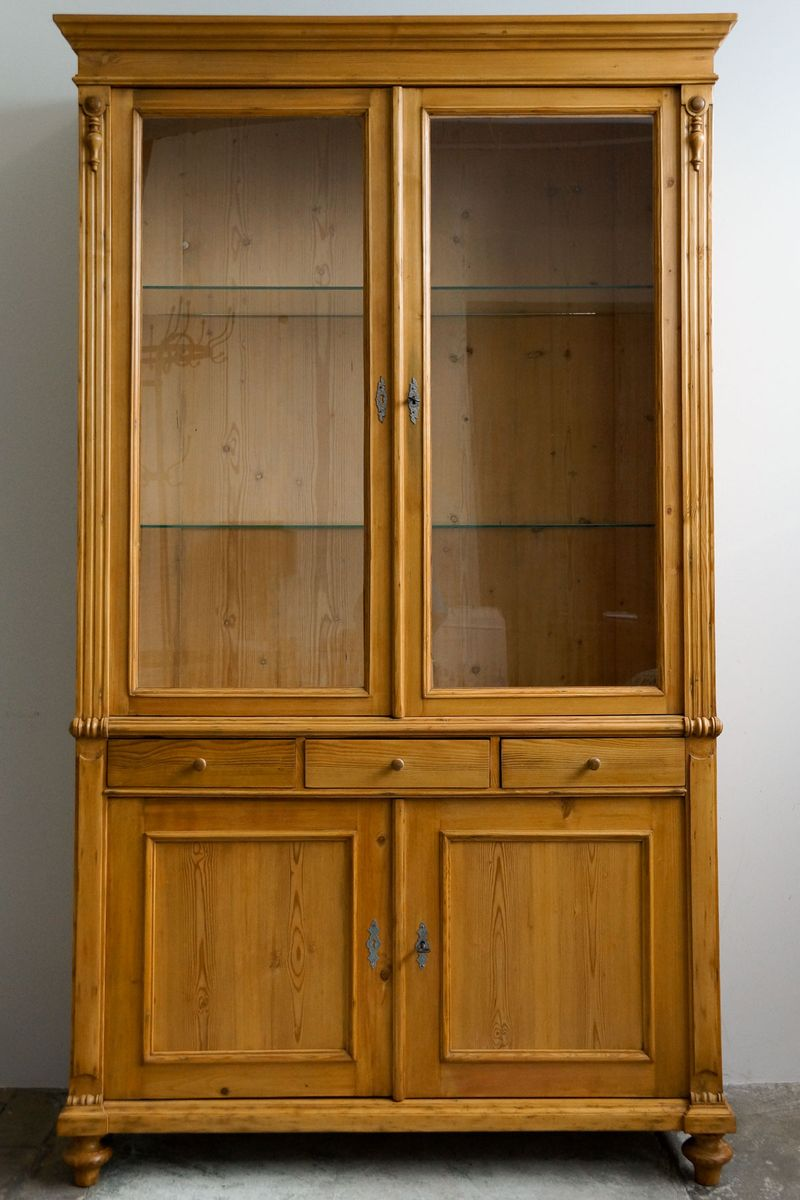 Large Antique Display Cabinet - Large Antique Display Cabinet For Sale At Pamono