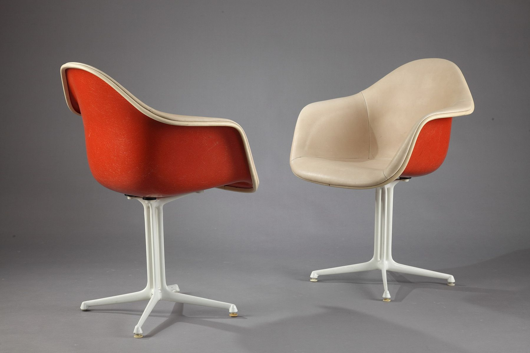 orange and beige la fonda chairs by charles and ray eames. Black Bedroom Furniture Sets. Home Design Ideas