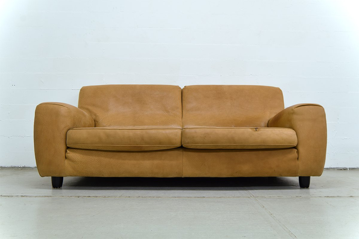 Vintage italian leather sofa from molinari for sale at pamono for Italian leather sofa