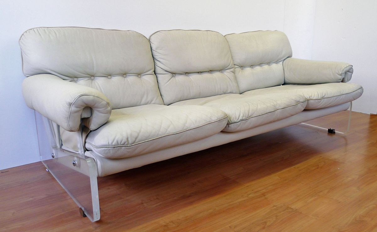 white leather and plexiglass sofa 1960s for sale at pamono. Black Bedroom Furniture Sets. Home Design Ideas