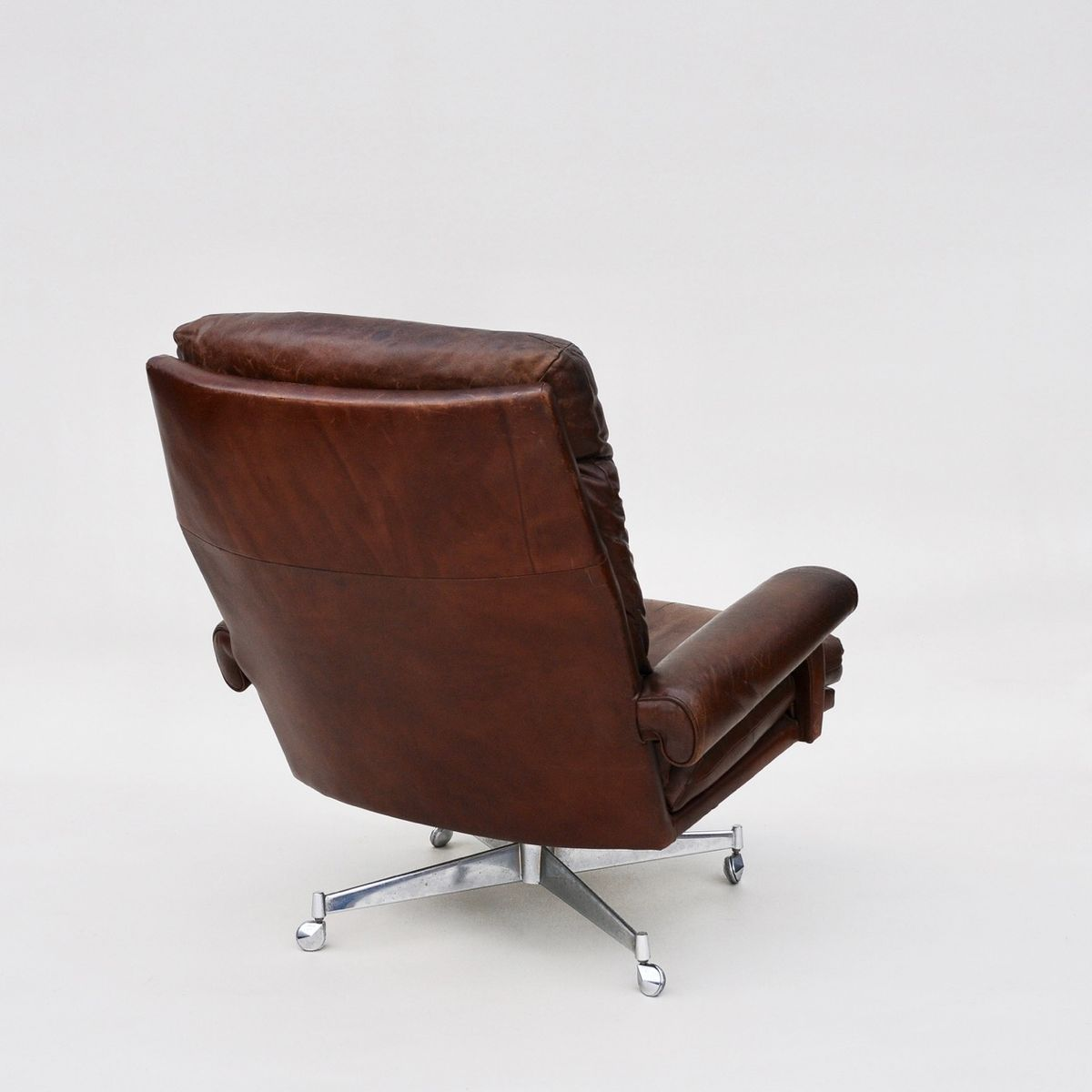 Leather Swivel Chairs 1960s Set Of 2 For Sale At Pamono