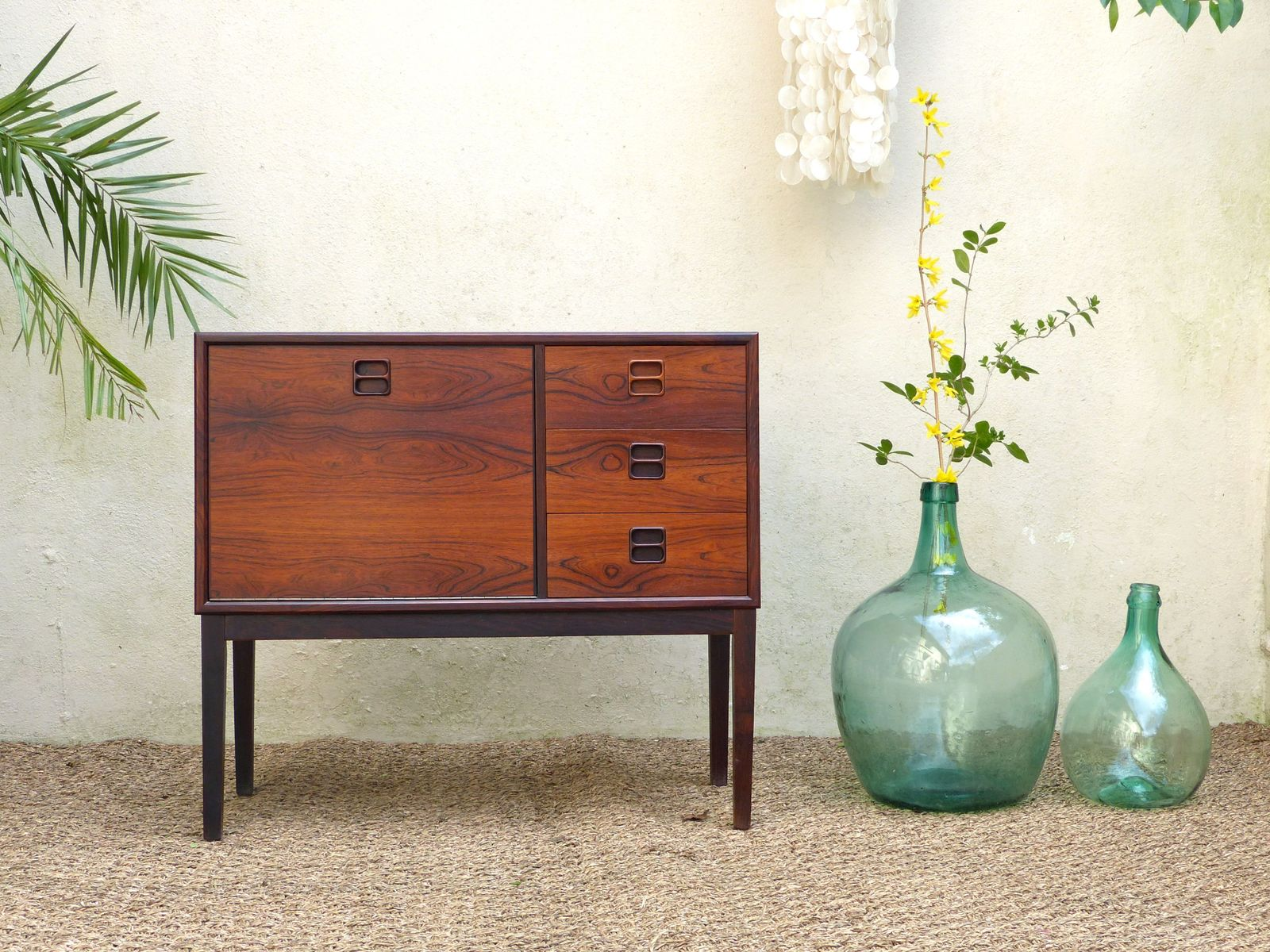 buffet vintage scandinave en palissandre de rio en vente sur pamono. Black Bedroom Furniture Sets. Home Design Ideas