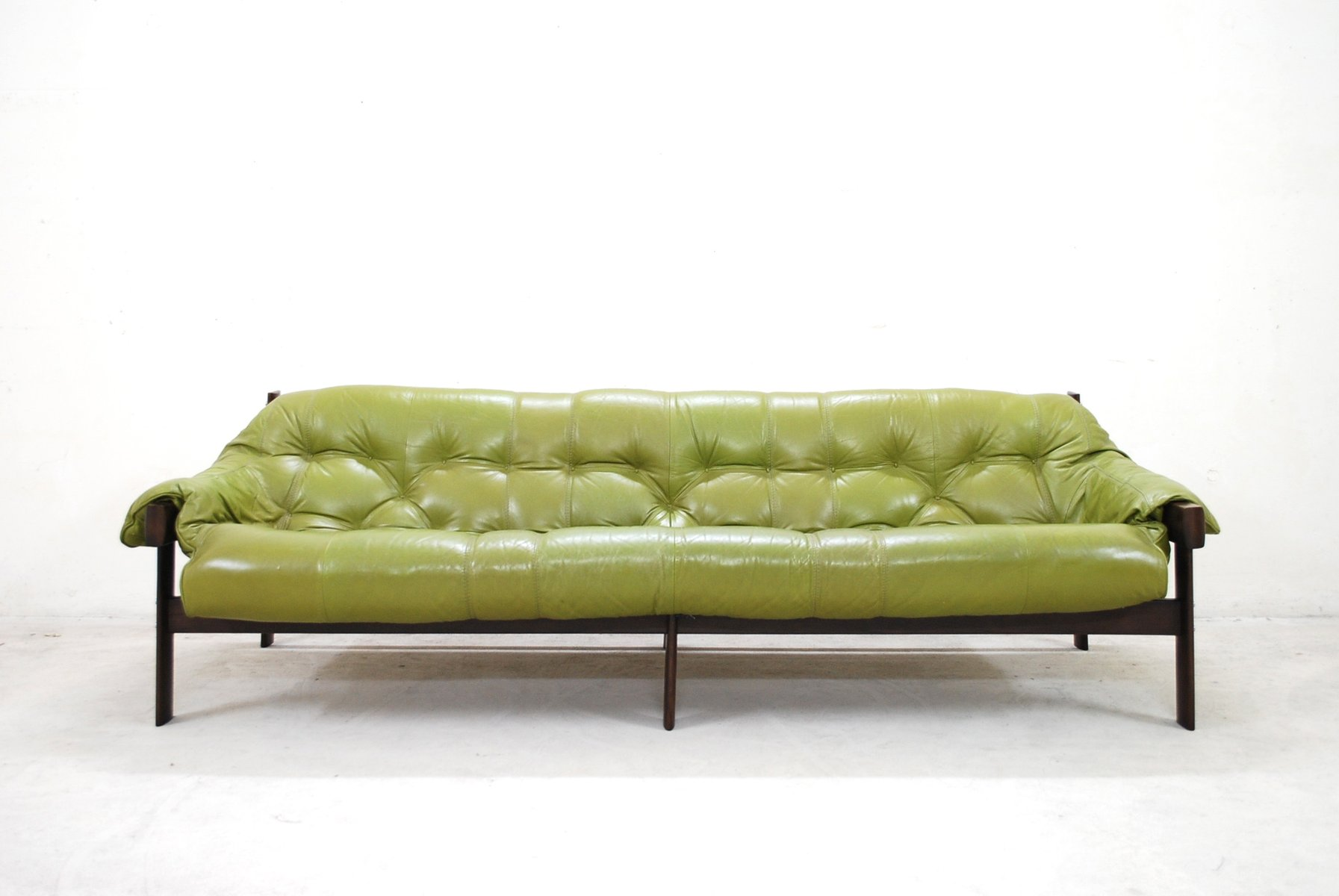 Model MP 041 Lime Green Leather Sofa from Percival Lafer 1961 for