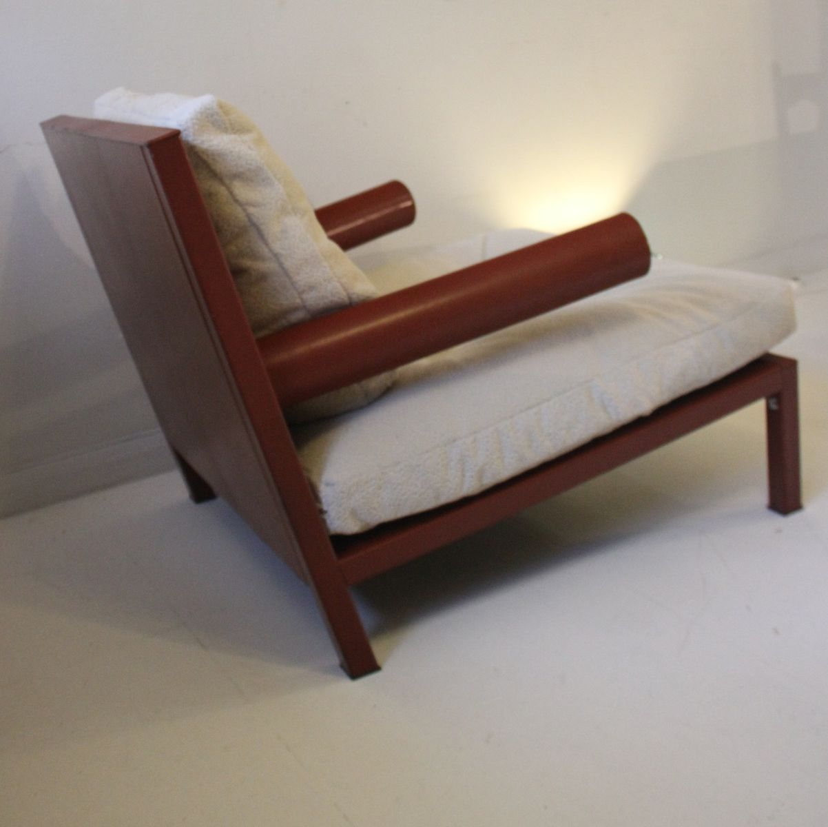 Vintage oversized baisity leather armchair by antonio for Oversized armchair
