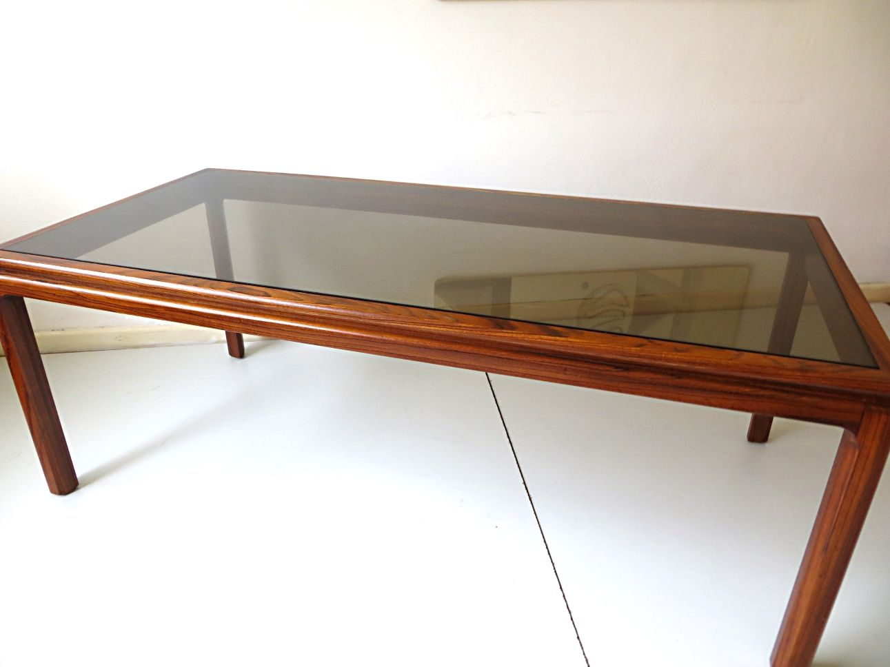 Long Danish Rosewood Coffee Table 3. Previous