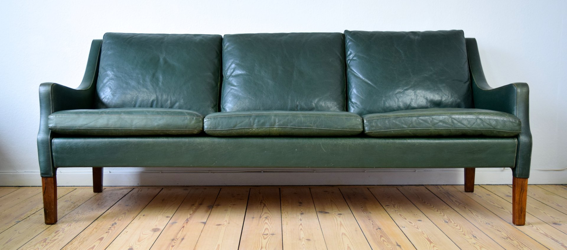 Green Leather Sofa Stunning 1960s Gr Green Leather Sofa At 1stdibs Thesofa