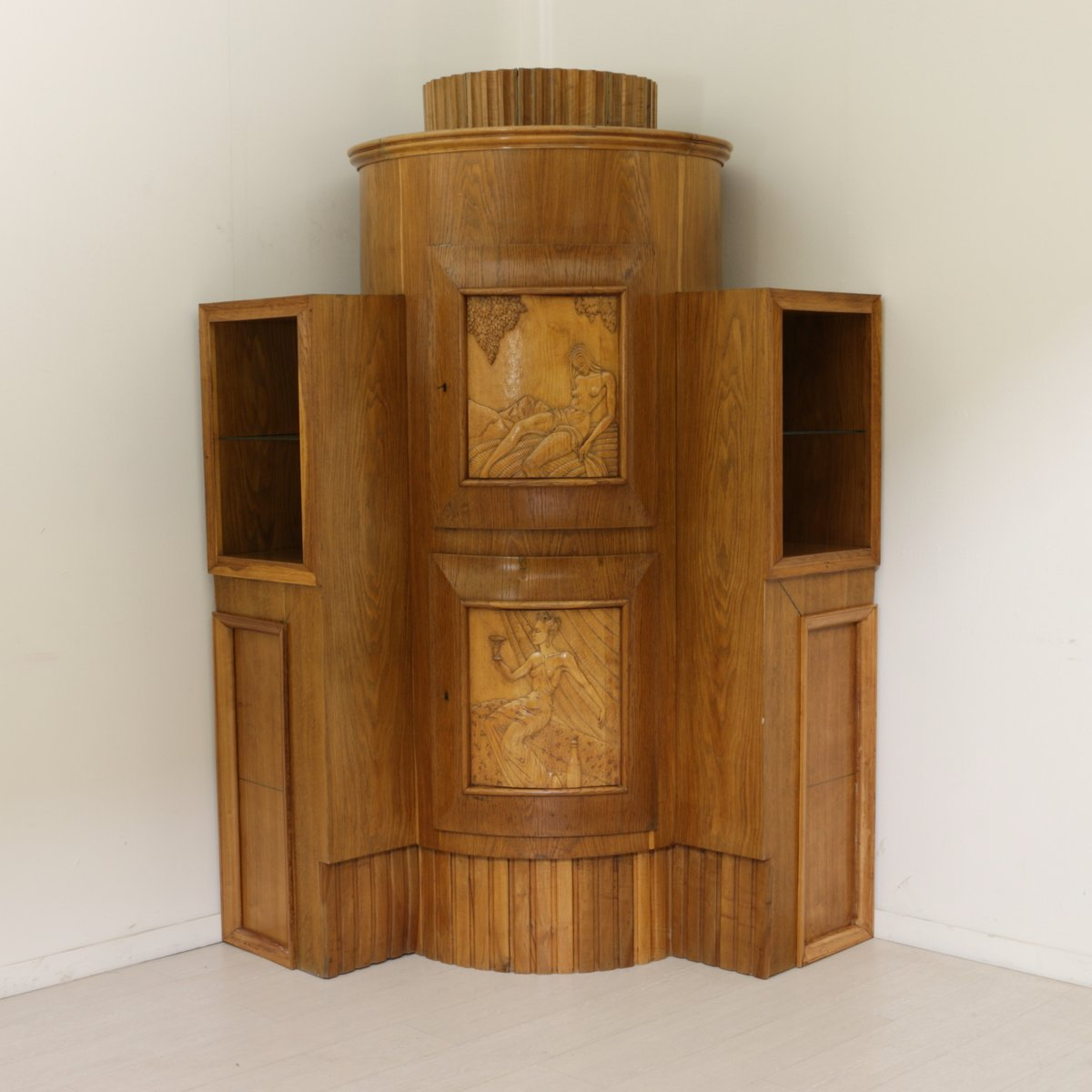 Italian burl mirror corner cabinet 1940s for sale at pamono for 1940s kitchen cabinets for sale