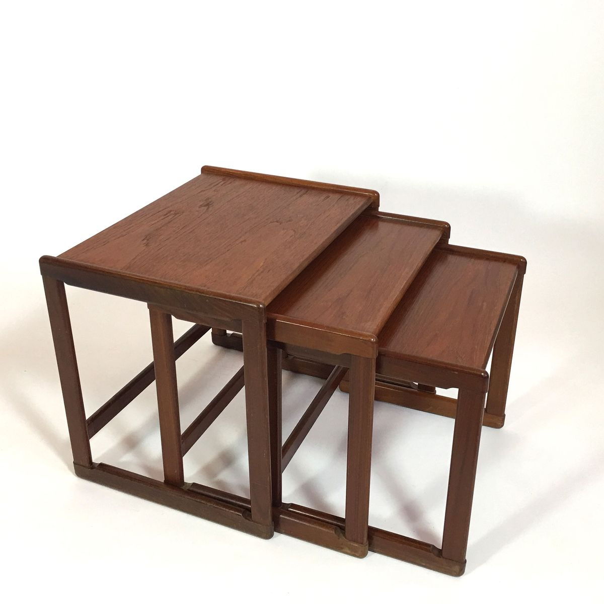 Mid Century Scandinavian Nesting Tables For Sale At Pamono