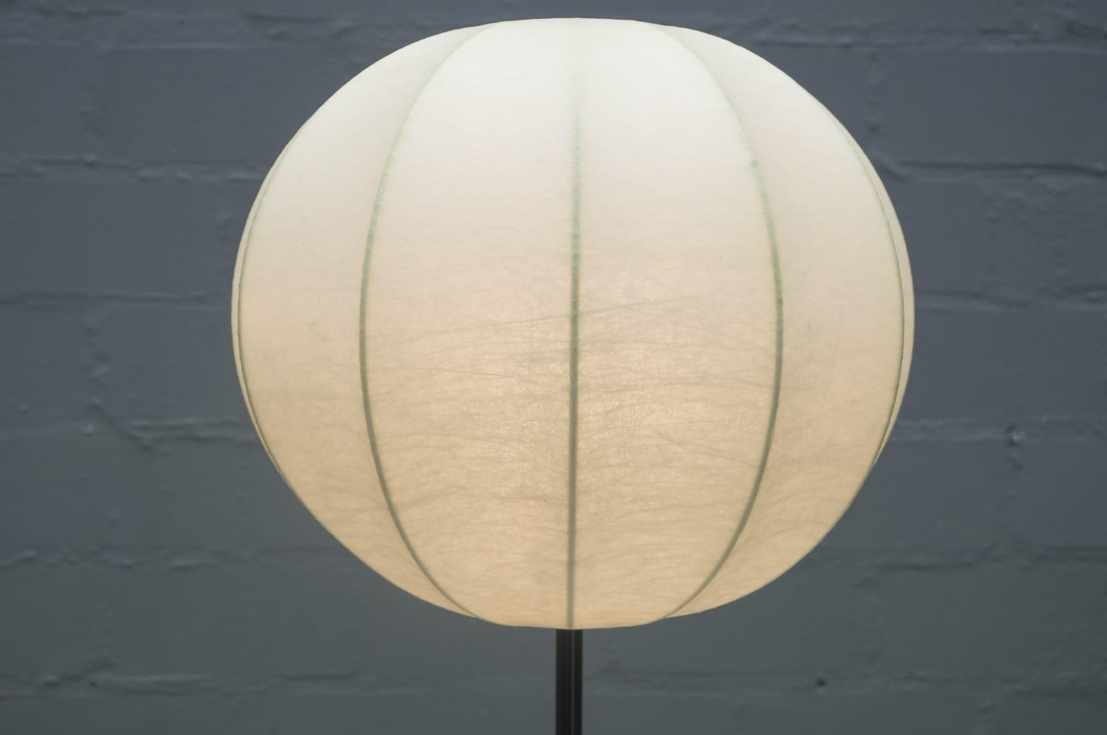 Italienische Mid Century Kokon Stehlampe Bei Pamono Kaufen