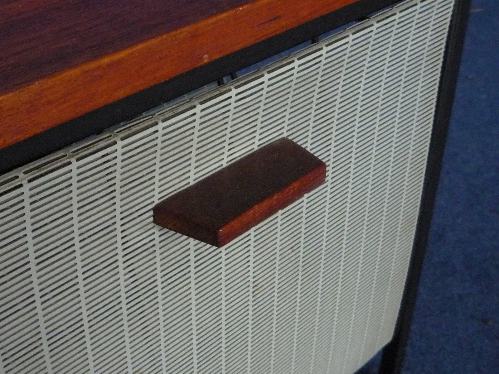 teak beistelltisch mit zeitungsablage 1960er bei pamono. Black Bedroom Furniture Sets. Home Design Ideas