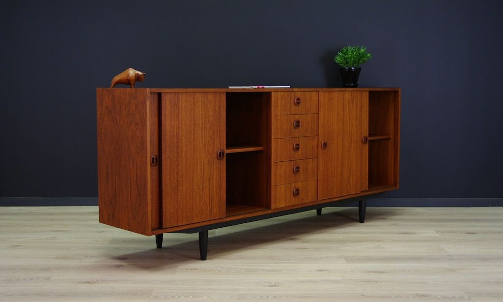 d nisches vintage teak sideboard mit f nf schubladen. Black Bedroom Furniture Sets. Home Design Ideas
