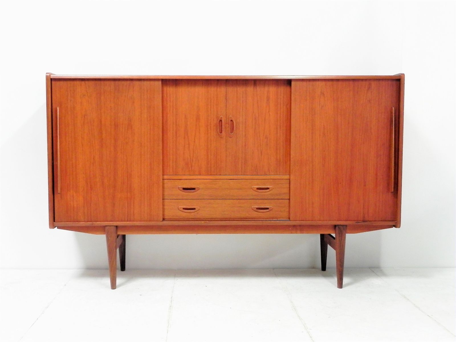 skandinavisches mid century teak und palisander sideboard bei pamono kaufen. Black Bedroom Furniture Sets. Home Design Ideas