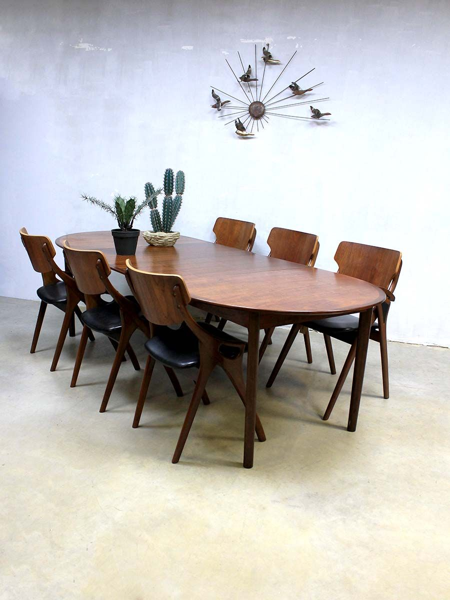 Mid-Century Large Danish Dining Table for sale at Pamono