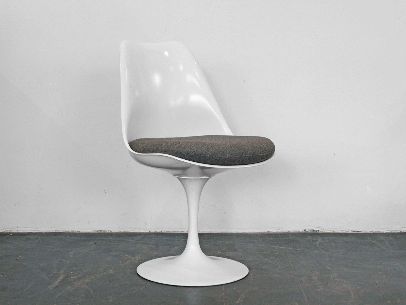 Saarinen Tulip Chair vintage white tulip chaireero saarinen for knoll for sale at