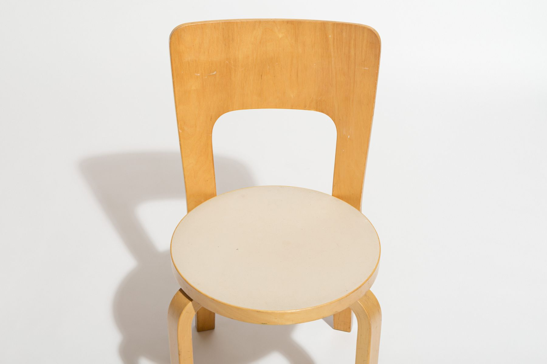 chaises de salon vintage mod le 66 par alvar aalto pour artek set de 4 en vente sur pamono. Black Bedroom Furniture Sets. Home Design Ideas