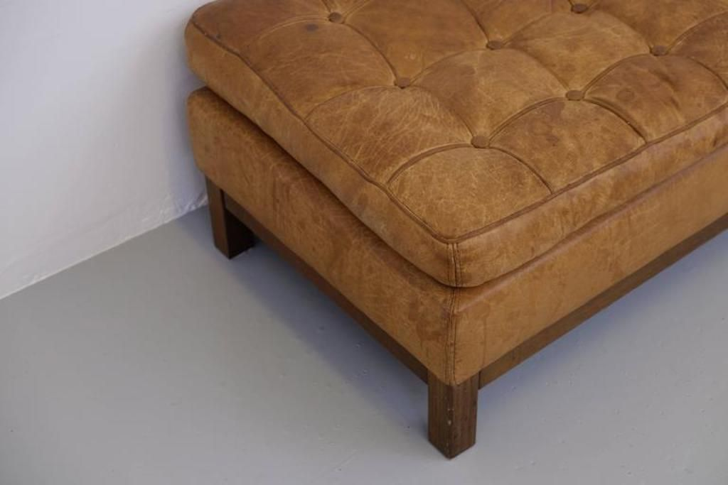leder ottomane von arne norell 1960er bei pamono kaufen. Black Bedroom Furniture Sets. Home Design Ideas