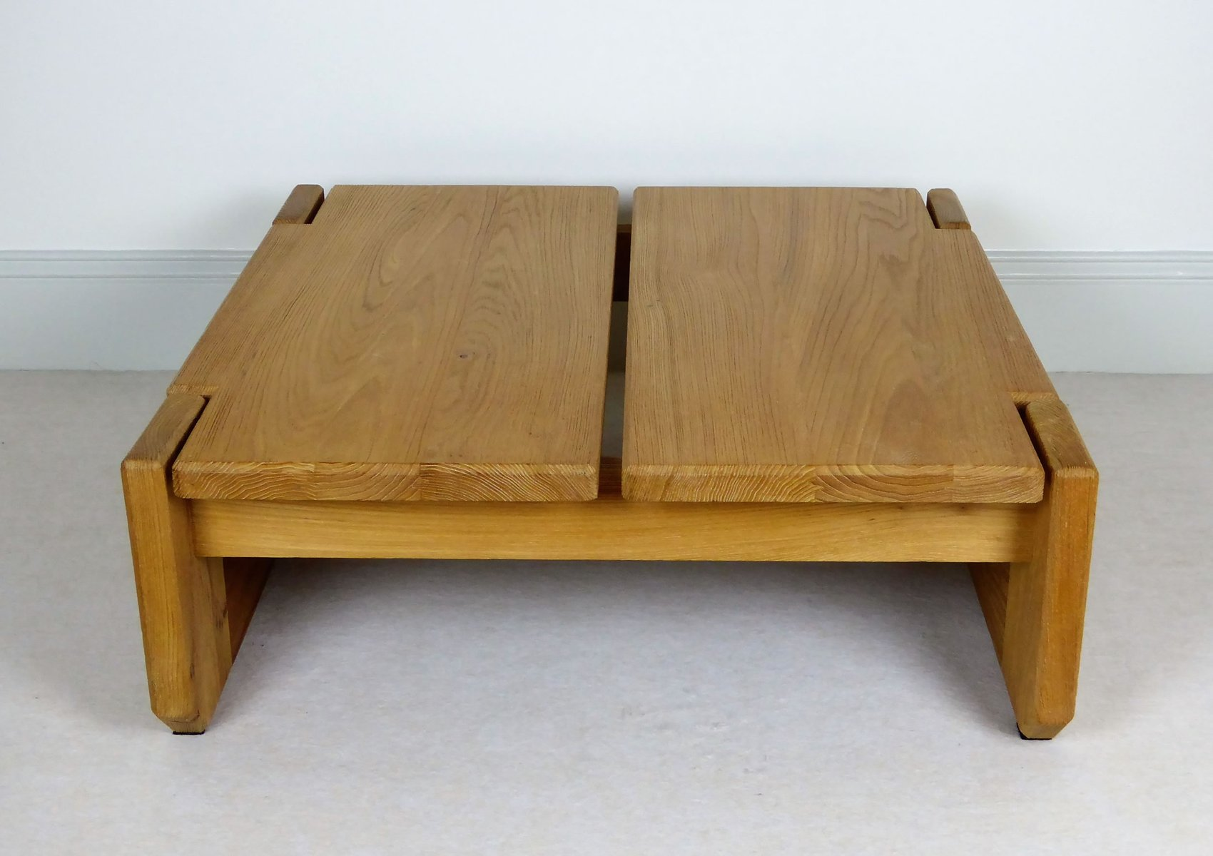 Vintage french solid elm coffee table from regain for Elm furniture