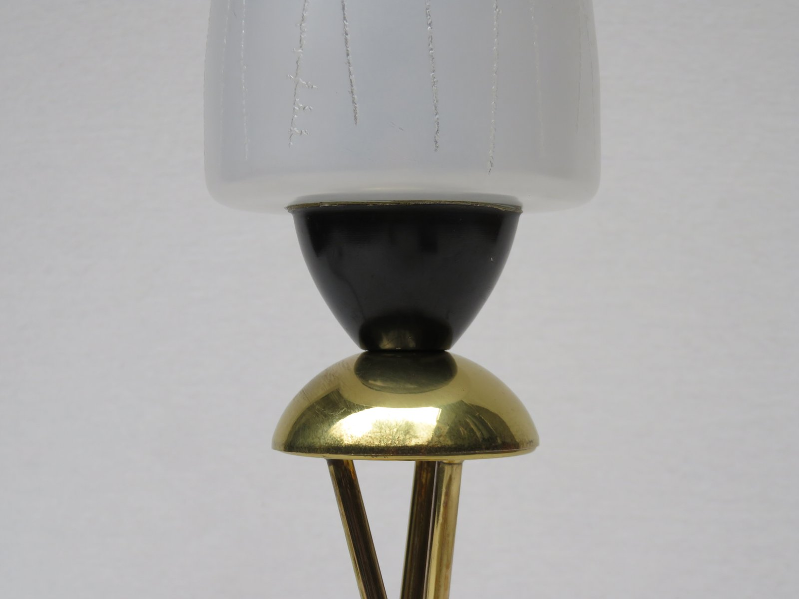 lampe de bureau style space needle italie 1960s en vente sur pamono. Black Bedroom Furniture Sets. Home Design Ideas