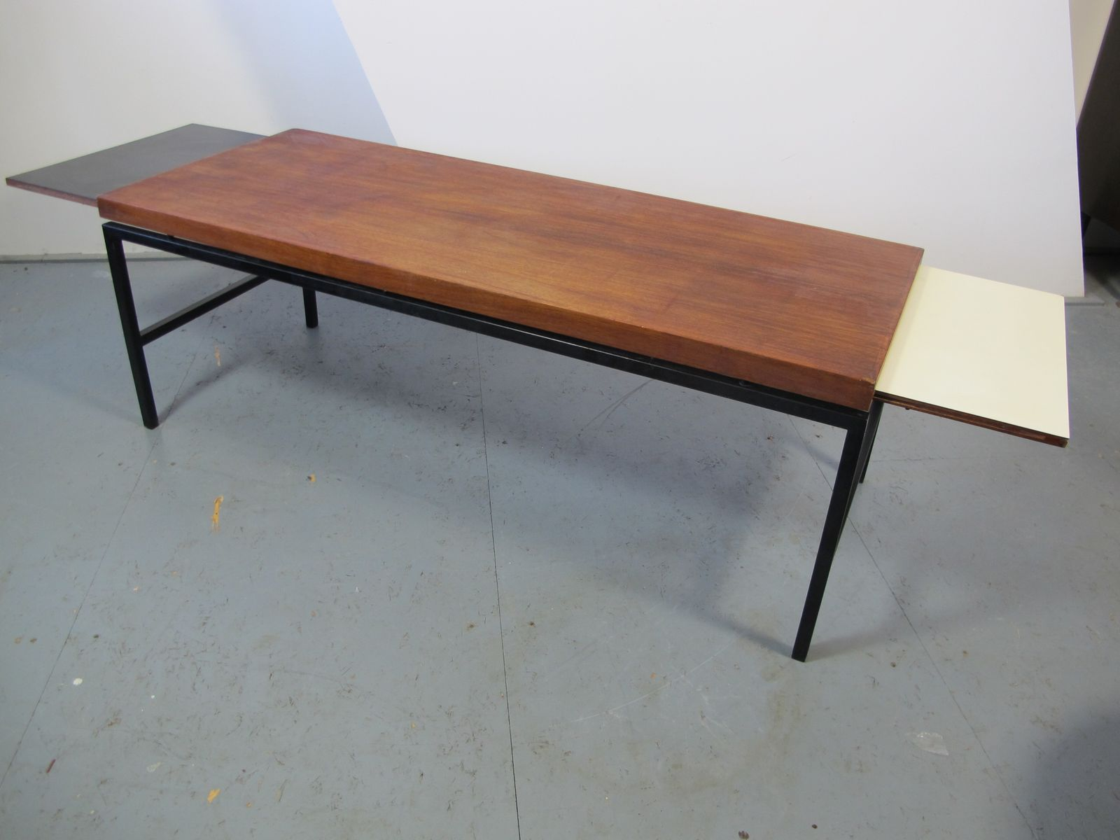 Modernist Extendable Coffee Table 1960s For Sale At Pamono