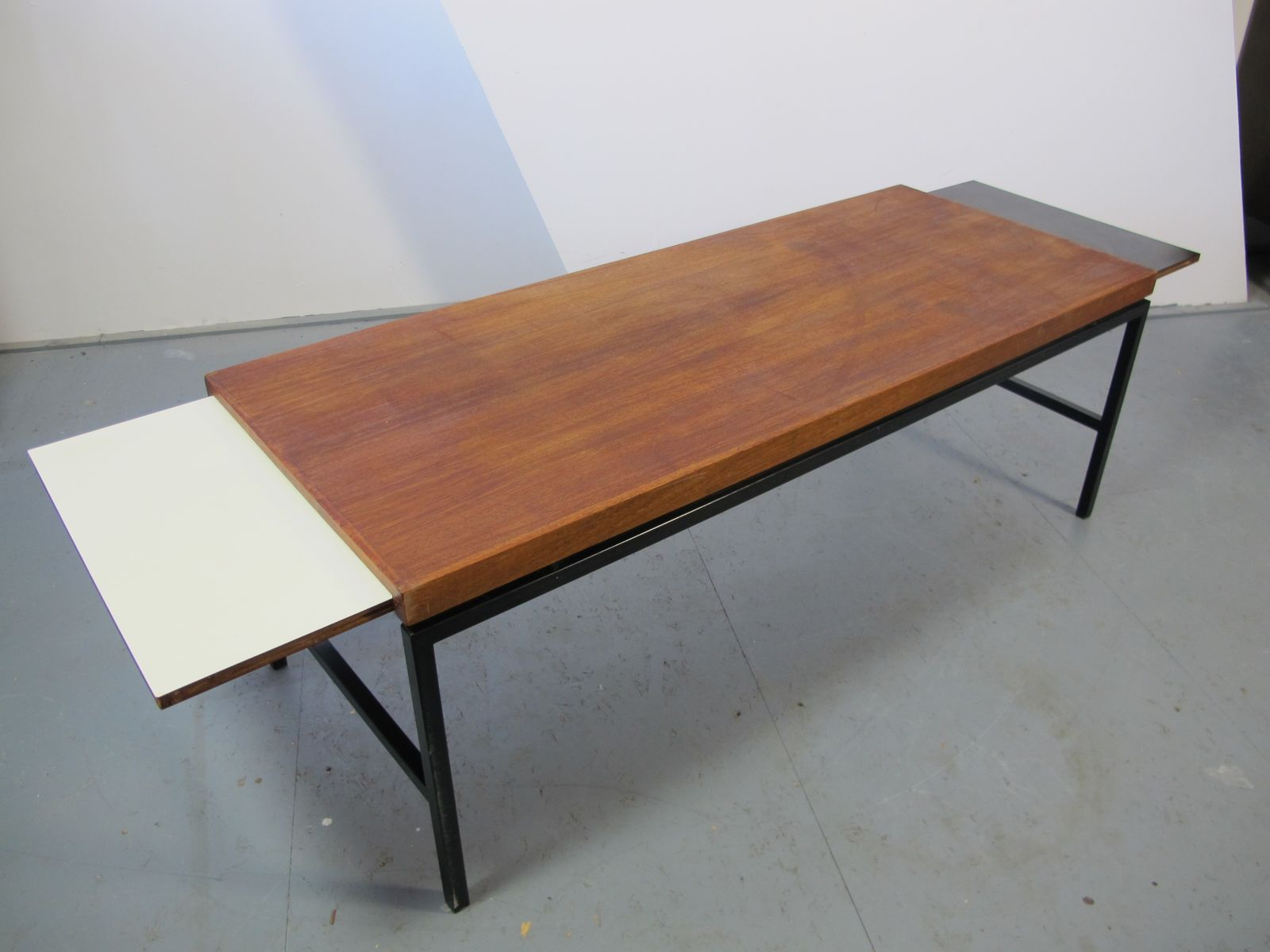 Extendable Coffee Table modernist extendable coffee table, 1960s for sale at pamono
