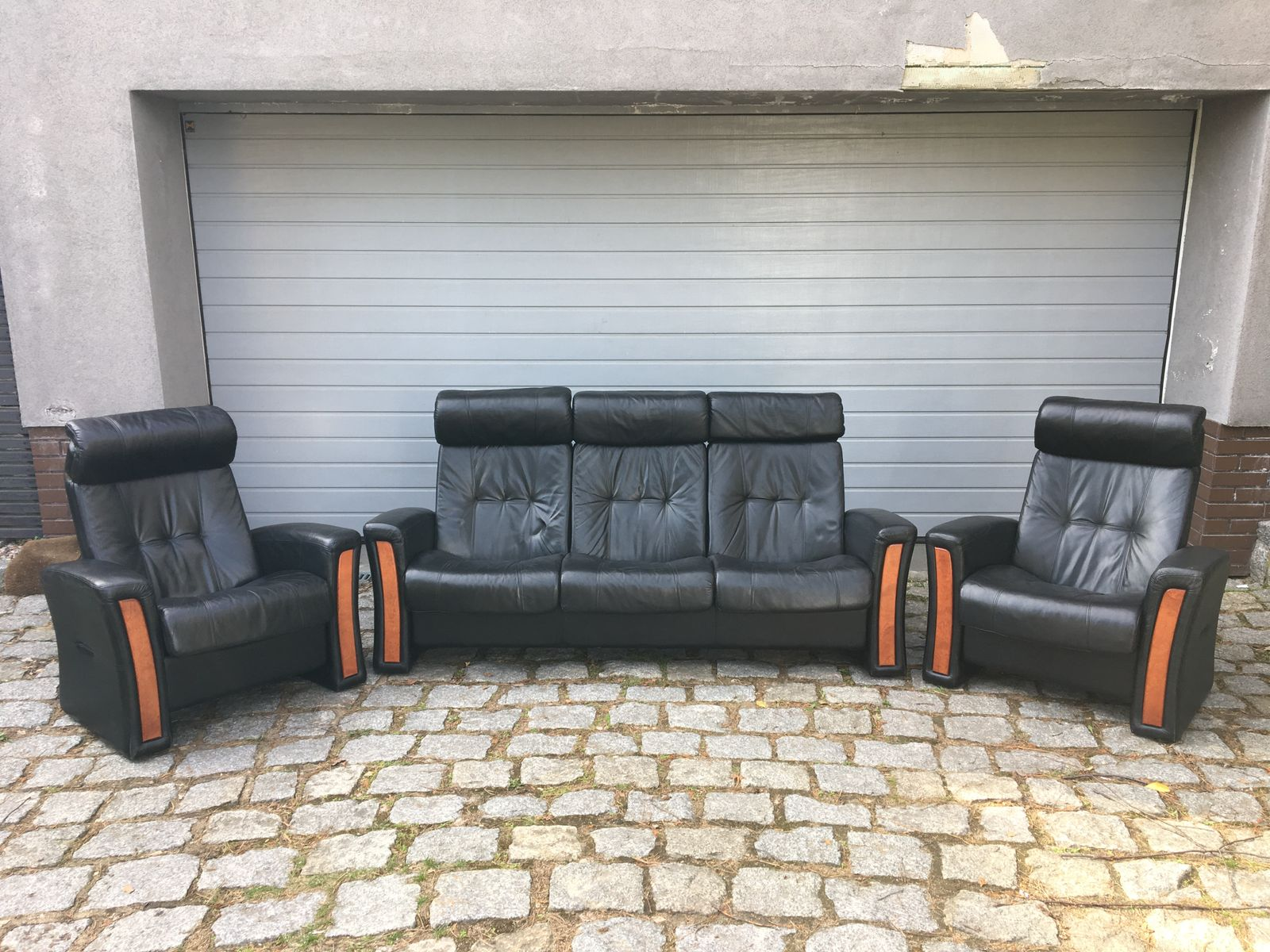 Vintage reclining leather living room set for sale at pamono for Sofa bed brault et martineau