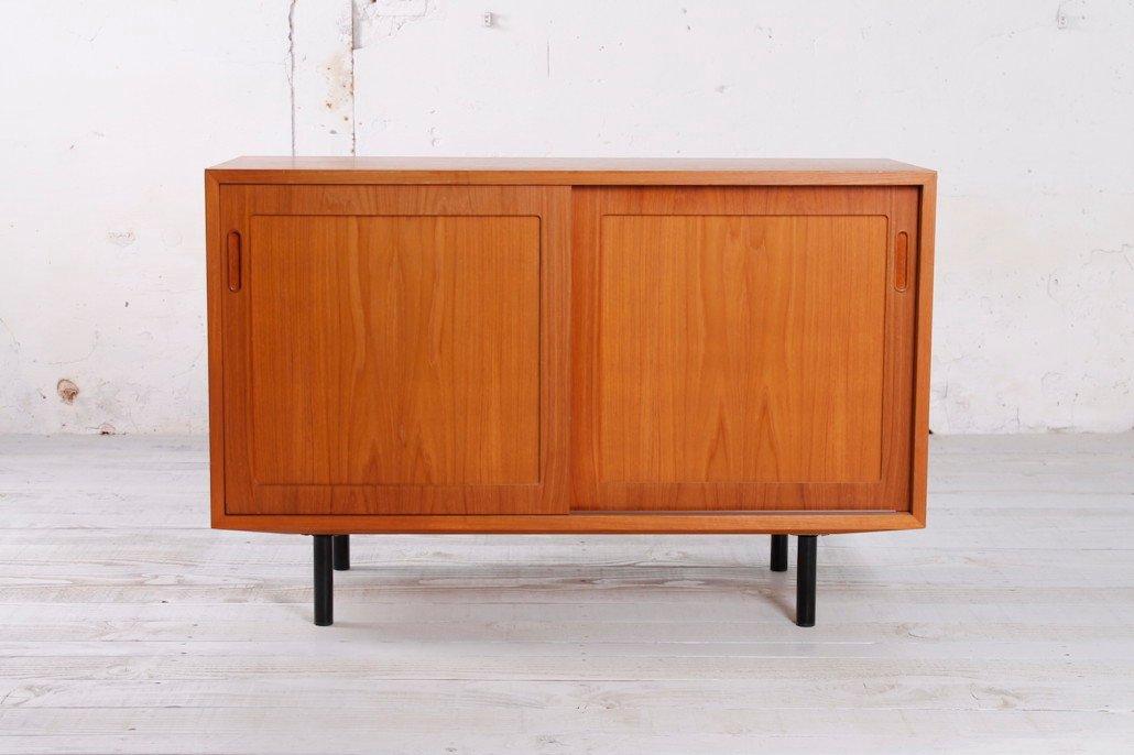kleines teak sideboard von poul hundevad 1960er bei. Black Bedroom Furniture Sets. Home Design Ideas