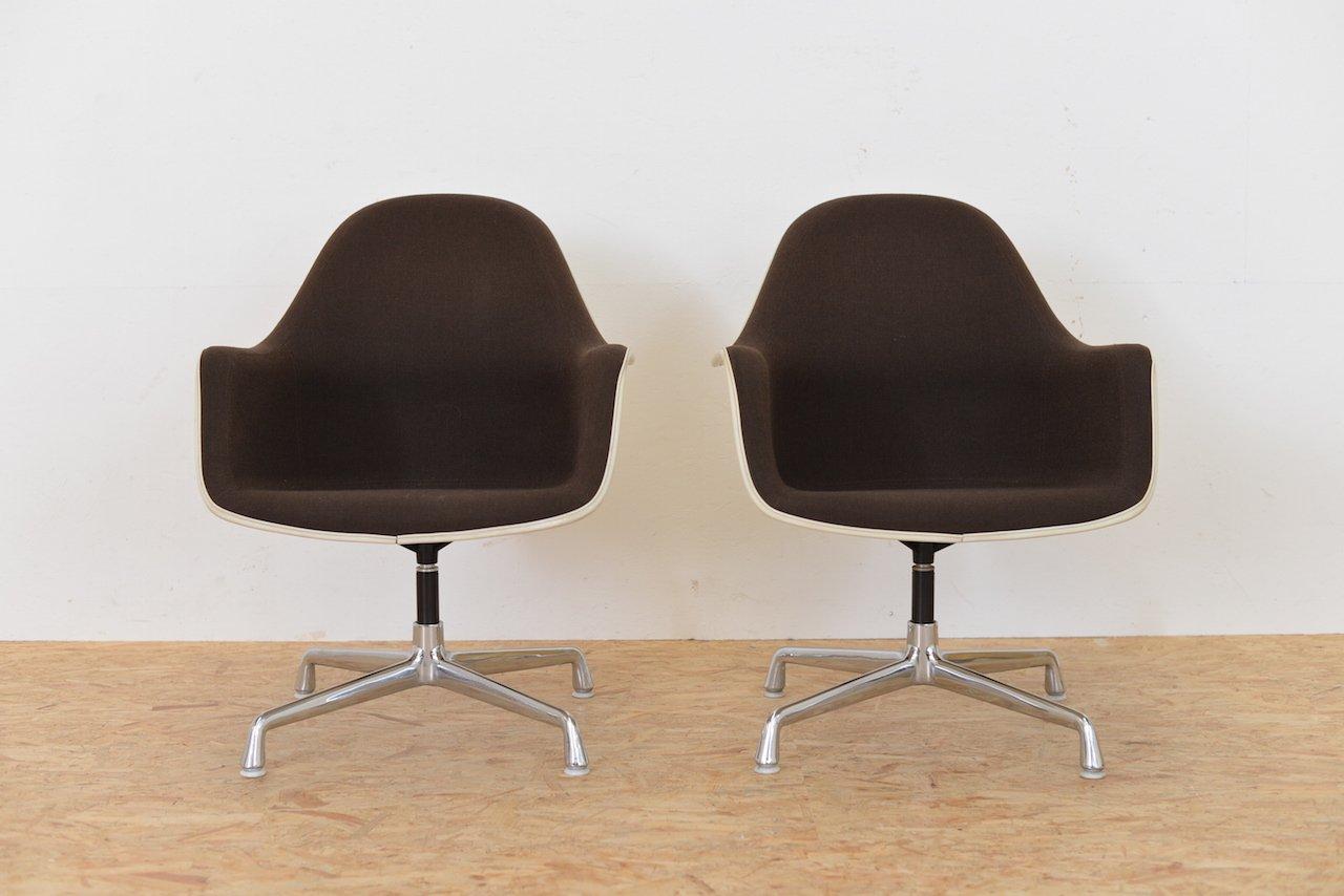 Fauteuils haut dossier vintage ec175 8 par charles ray for Prix fauteuil eames vitra