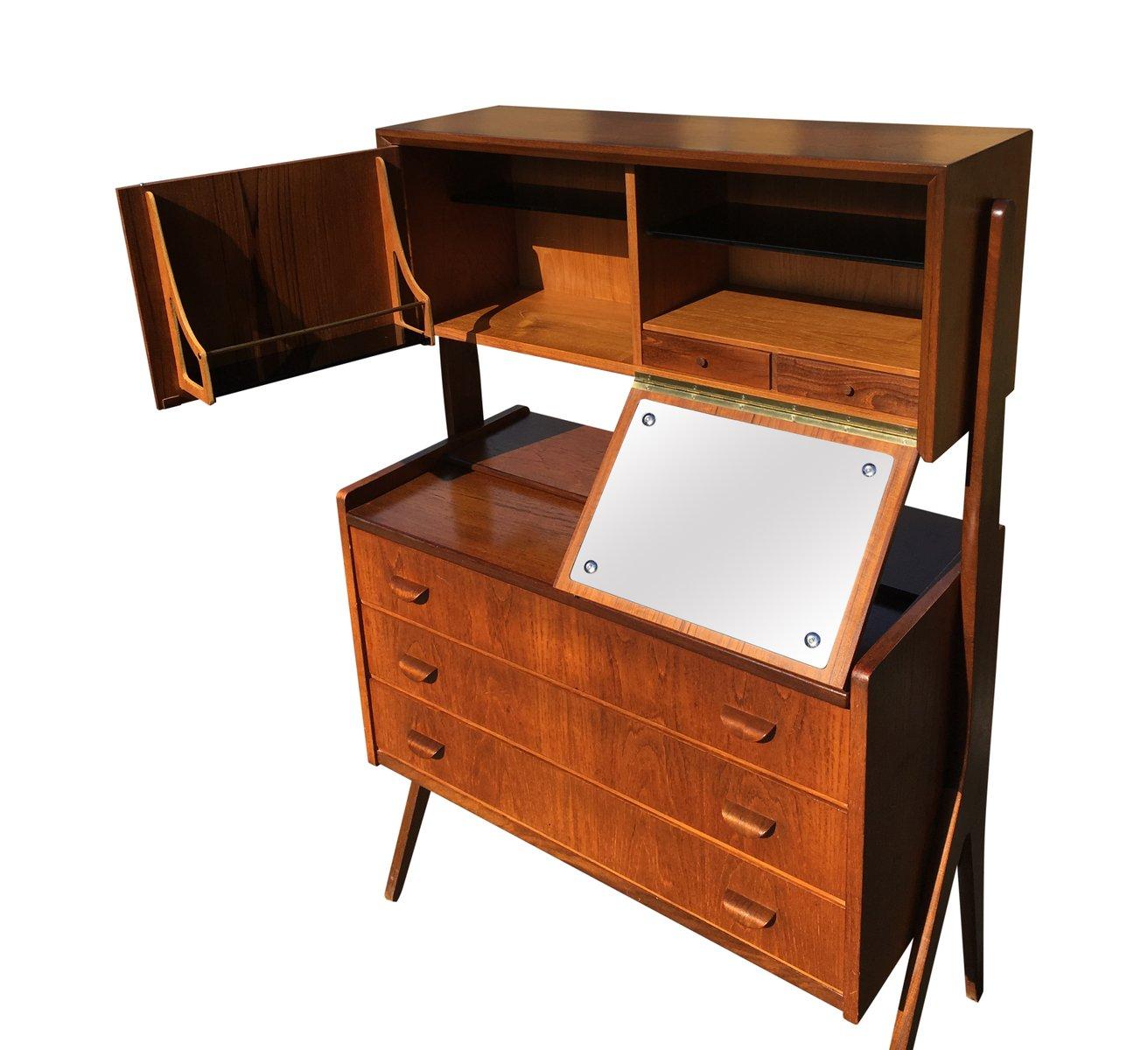 Material For Kitchen Cabinet Shelves Wine Bar Furniture Uk