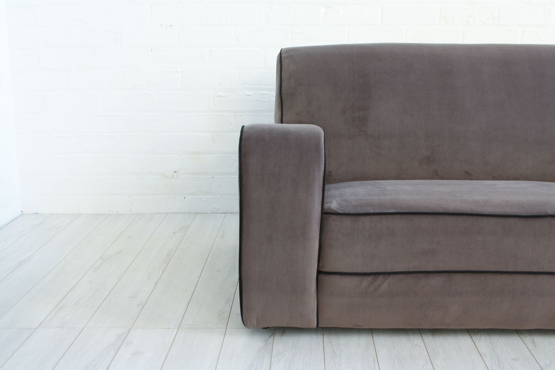 Vintage Art Deco Velvet Sofa for sale at Pamono