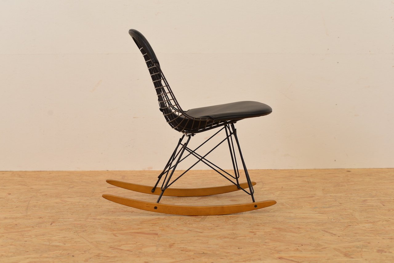 Wire rocking chair by ray and charles eames for vitra for - Rocking chair vitra ...