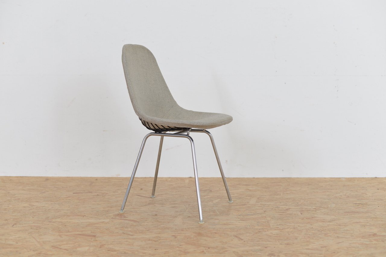 chaise mid century hopsak wire par ray and charles eames pour vitra en vente sur pamono. Black Bedroom Furniture Sets. Home Design Ideas