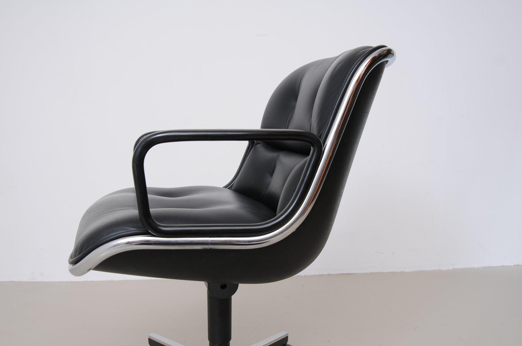 schwarzer vintage leder schreibtischstuhl von charles pollock f r knoll international bei pamono. Black Bedroom Furniture Sets. Home Design Ideas