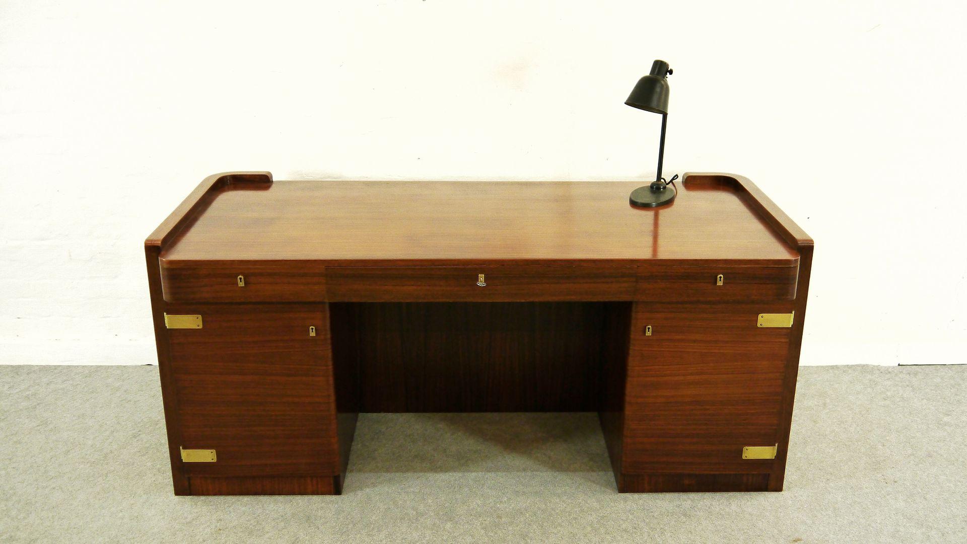 art deco bauhaus mobel m bel und heimat design inspiration. Black Bedroom Furniture Sets. Home Design Ideas