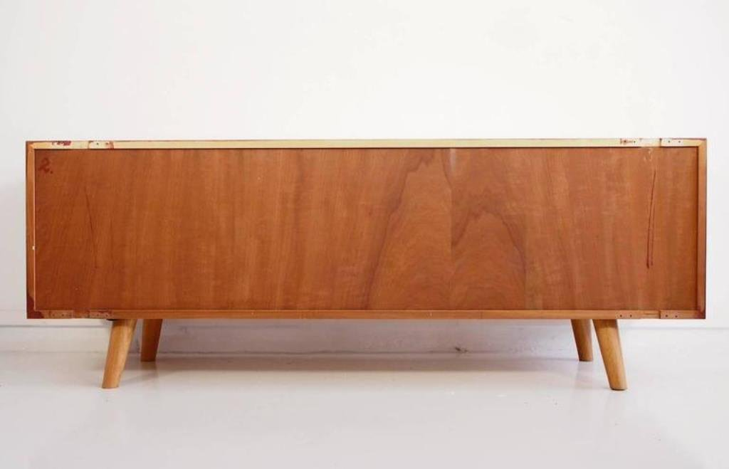 buffet bas vintage par ib kofod larsen pour faarup m belfabrik en vente sur pamono. Black Bedroom Furniture Sets. Home Design Ideas