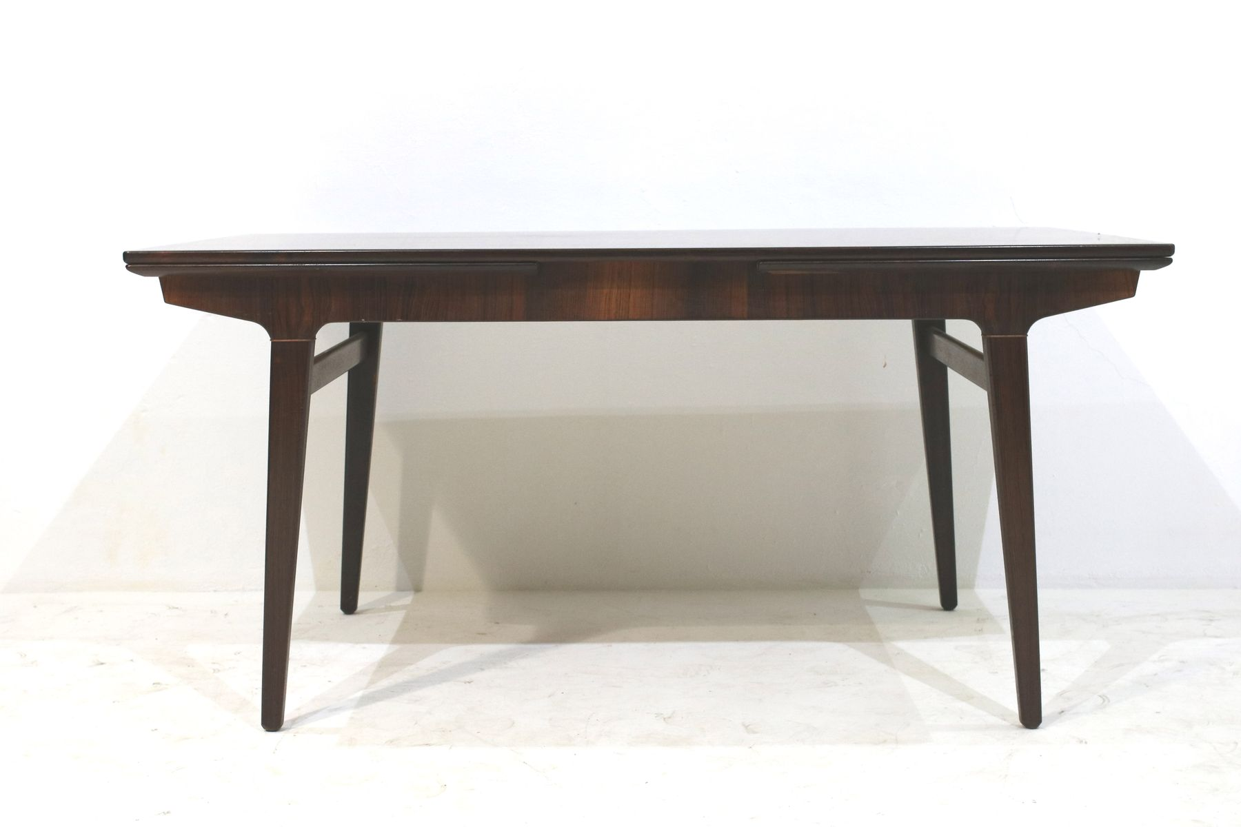table de salle manger extensible vintage par johannes andersen en vente sur pamono. Black Bedroom Furniture Sets. Home Design Ideas