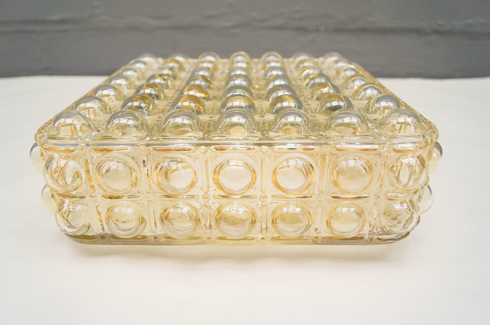 Grande applique murale en verre avec structure bulle for Applique murale en verre