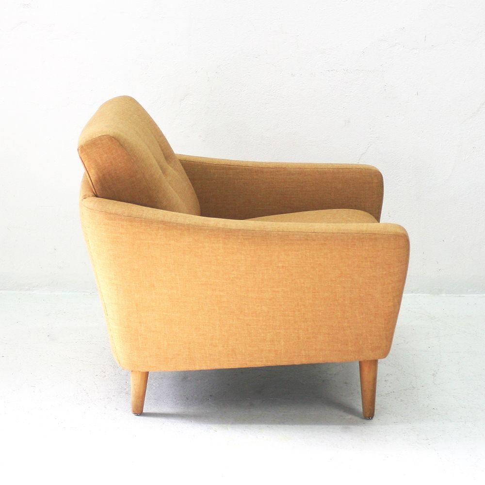 senfgelber sessel mit niedriger r ckenlehne 1950er bei pamono kaufen. Black Bedroom Furniture Sets. Home Design Ideas