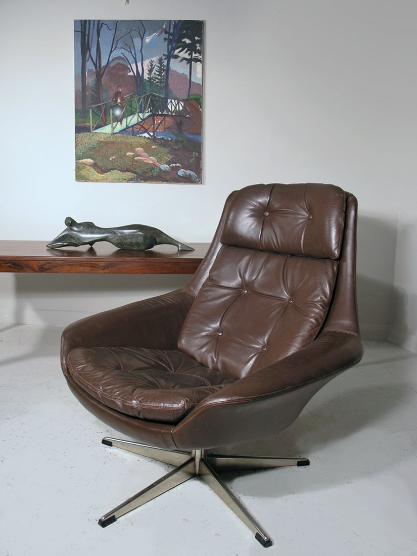 Vintage leather swivel chair - Vintage Danish Leather Swivel Lounge Chair By H W Klein For Bramin For Sale At Pamono