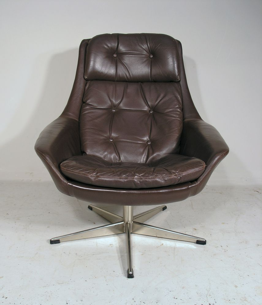 Vintage leather swivel chair - Vintage Leather Swivel Chair Vintage Danish Leather Swivel Lounge Chair By H W Klein For Bramin
