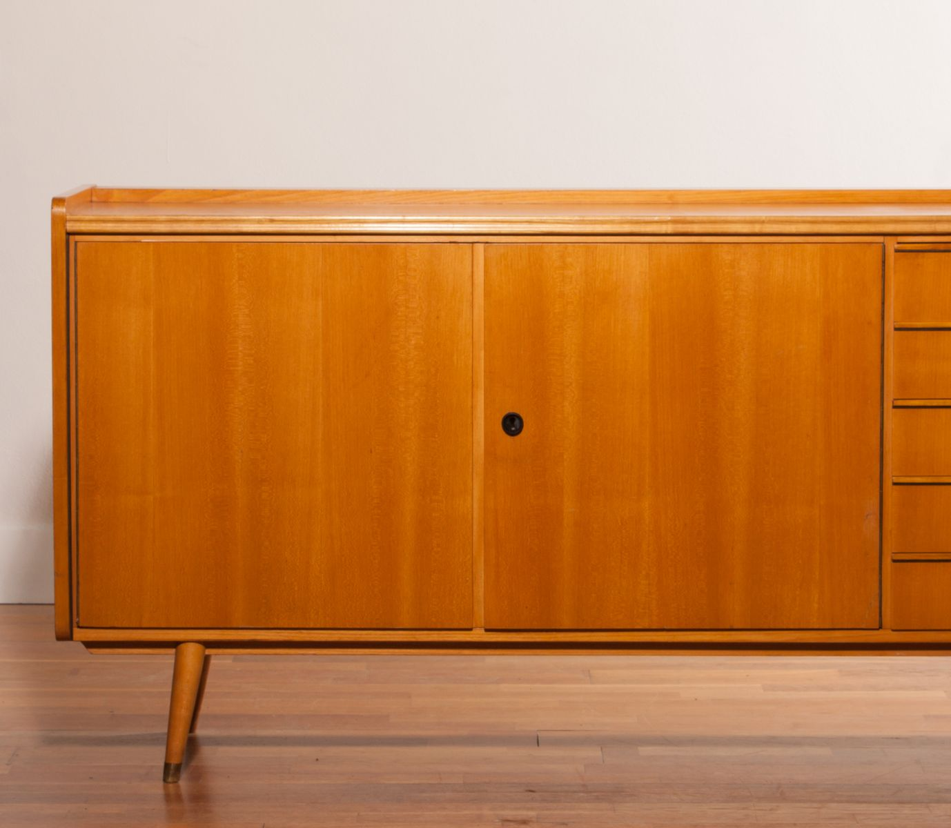 Beech sideboard 1950s for sale at pamono for 1950 s credenza