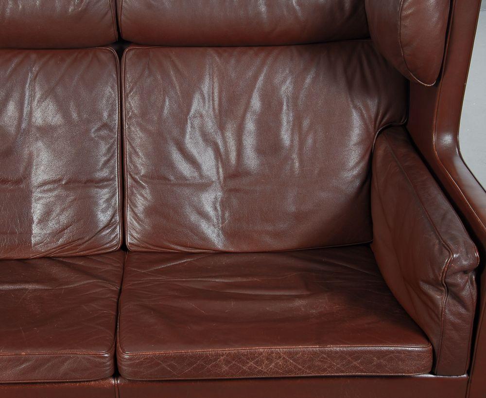 Vintage 2192 sofa 2204 ohrensessel und hocker von b rge for Ohrensessel und sofa