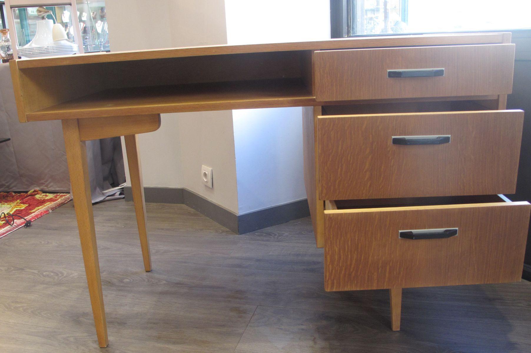 franz sischer vintage schreibtisch mit drei schubladen 1950er bei pamono kaufen. Black Bedroom Furniture Sets. Home Design Ideas