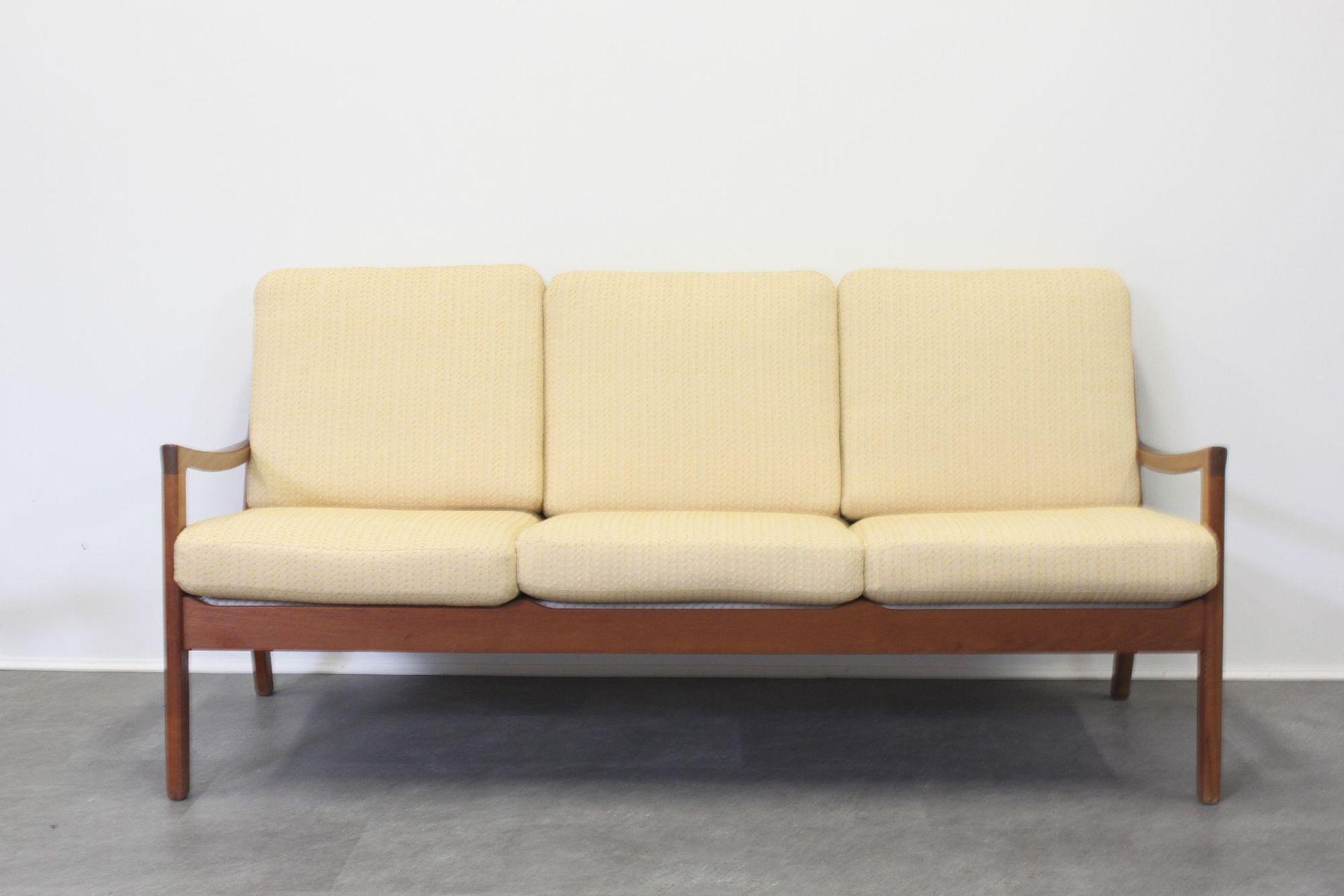 sofa dreisitzer fabulous vintage teak dreisitzer senator. Black Bedroom Furniture Sets. Home Design Ideas