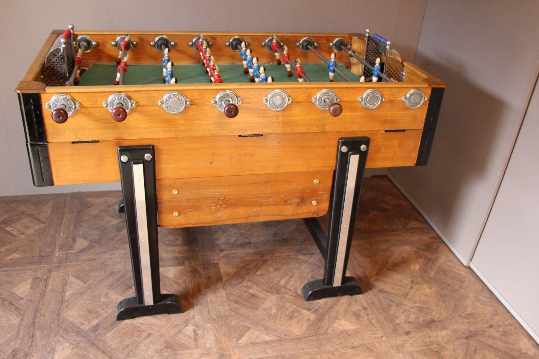 table de baby foot mid century en bois en vente sur pamono