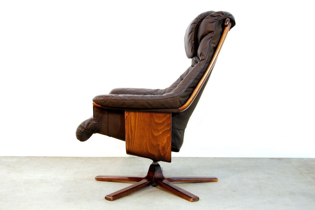 Brown leather swivel lounge chair from g te m bel 1980s for 1980s chair